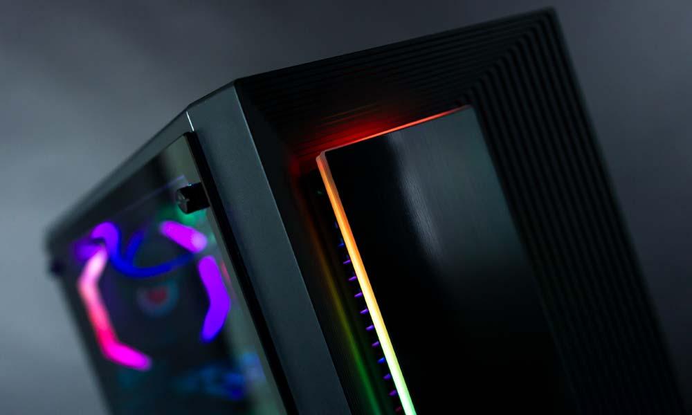 Exterior de la caja gaming Auriga